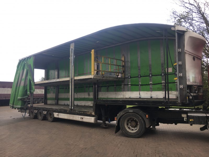 CURTAINSIDE DOUBLE DECK TRI AXLE CARTWRIGHT 4 88M 2010 STOCK NO 87411
