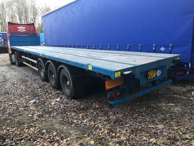 TRI AXLE SDC 13 6M 2008 STOCK NO 108441