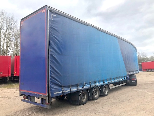 CURTAINSIDE DOUBLE DECK TRI AXLE SDC 4 88M 2013 STOCK NO 108590
