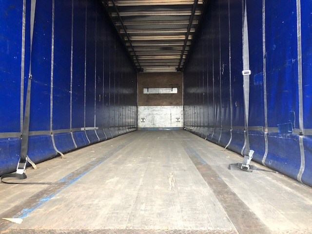 CURTAINSIDER TRI AXLE SDC 4 75M 2005 STOCK NO 108567
