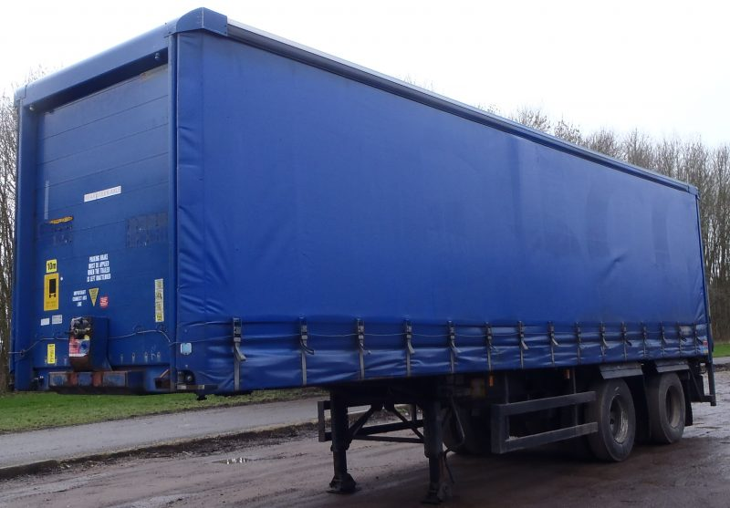 CURTAINSIDER TANDEM AXLE SDC 4M 2006 SLIDE AWAY TAIL LIFT STOCK NO 87148