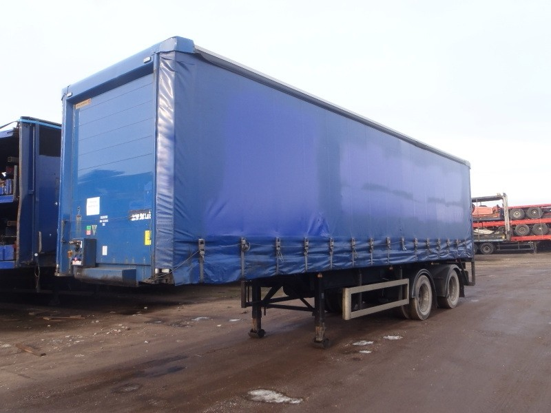 CURTAINSIDER.TANDEM AXLE.SDC.4M.2005.COLLUM TAIL LIFT STOCK NO 76249