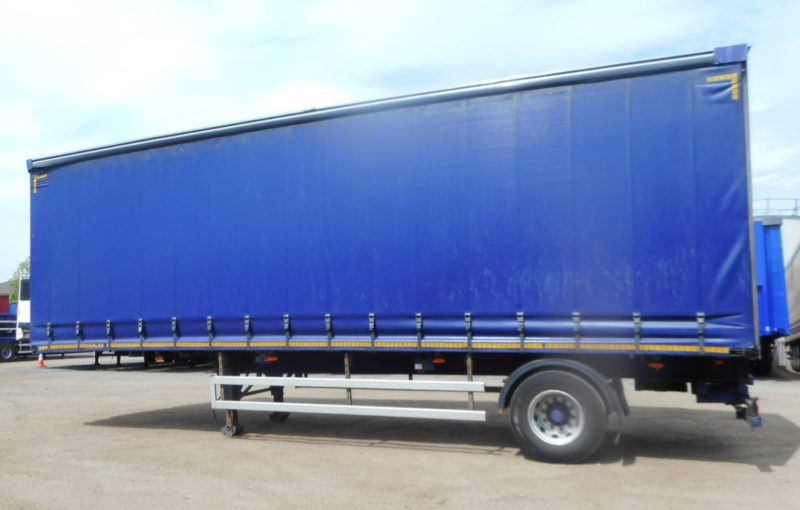 CURTAINSIDER SINGLE AXLE DON BUR 4.37M 2013 MOFFATT MOUNT STOCK NO 118875