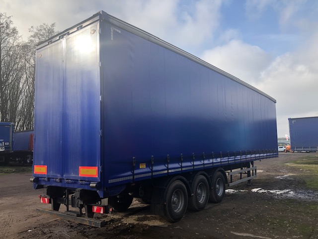 CURTAINSIDER TRI AXLE CARTWRIGHT 4 75M 2011 STOCK NO 118995