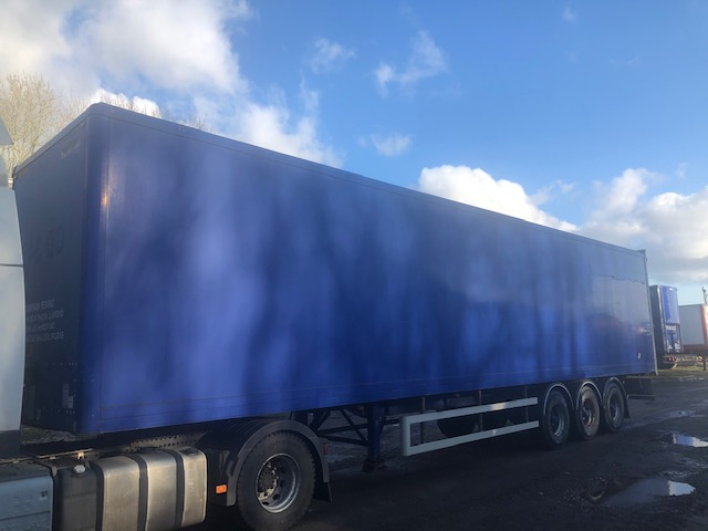 TRI AXLE SDC BOX VAN 4 2M 2006 CJC STOCK NO 119160