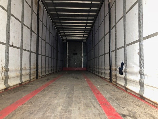 CURTAINSIDER TRI AXLE SDC 4 6M 2013 STOCK NO 108377