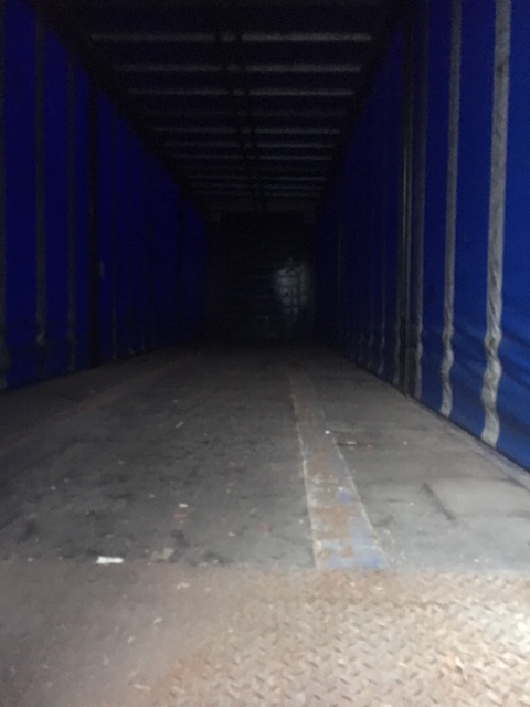 CURTAINSIDER TRI AXLE CARTWRIGHT 4 2M 2005 STOCK NO 86890
