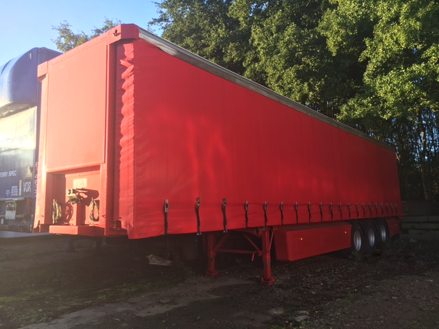 CURTAINSIDER TRI AXLE SDC 4M 2007 STOCK NO 87217