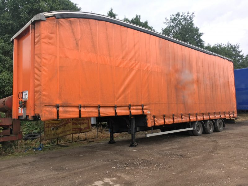 CURTAINSIDE DOUBLE DECK TRI AXLE SDC 4.83M 2011 STOCK NO 97693