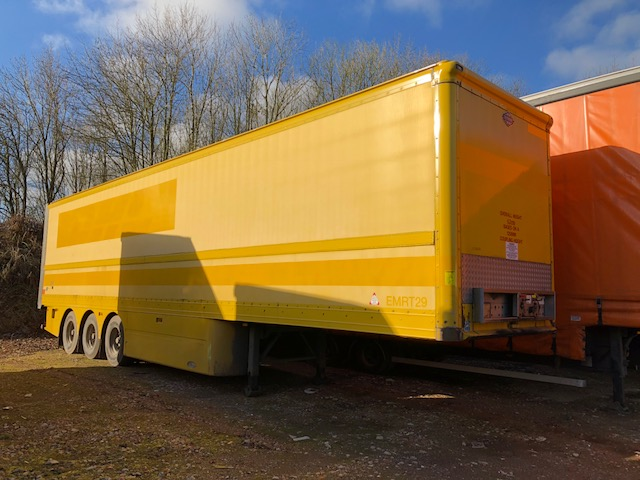 TRI AXLE CARTWRIGHT ROLLER BED BOX VAN 4.2M 2009 CJC STOCK NO 97920