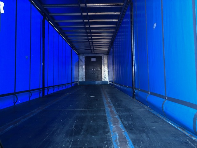 CURTAINSIDER TRI AXLE SDC 4M 2009 STOCK NO 98072