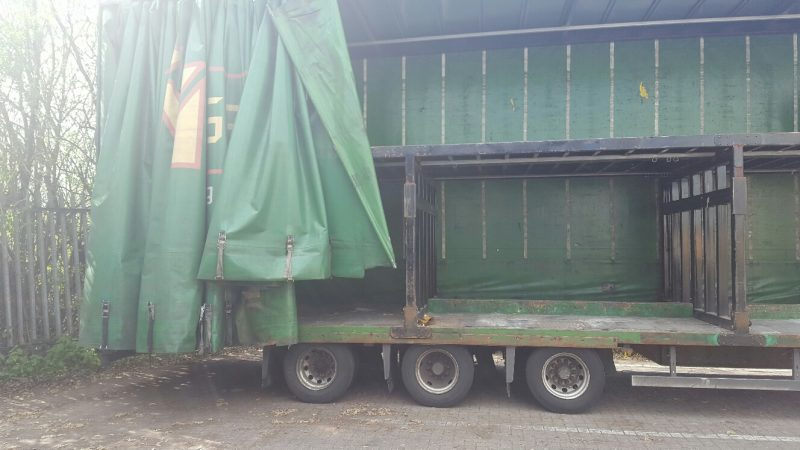 CURTAINSIDE DOUBLE DECK TRI AXLE CARTWRIGHT 4 66M 2009 STOCK NO 87529