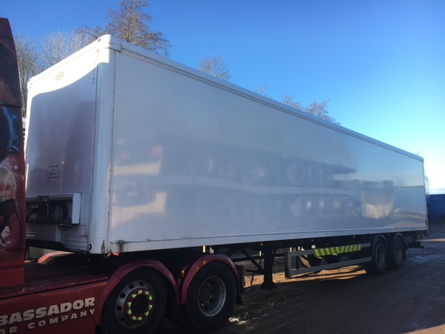 TANDEM AXLE DON BUR TAIL LIFT BOX VAN 4M 2004 CJC STOCK NO 97874