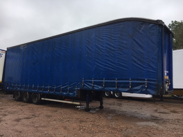 CURTAINSIDE DOUBLE DECK TRI AXLE OVERLANDER 4 75M 2006 STOCK NO 97600