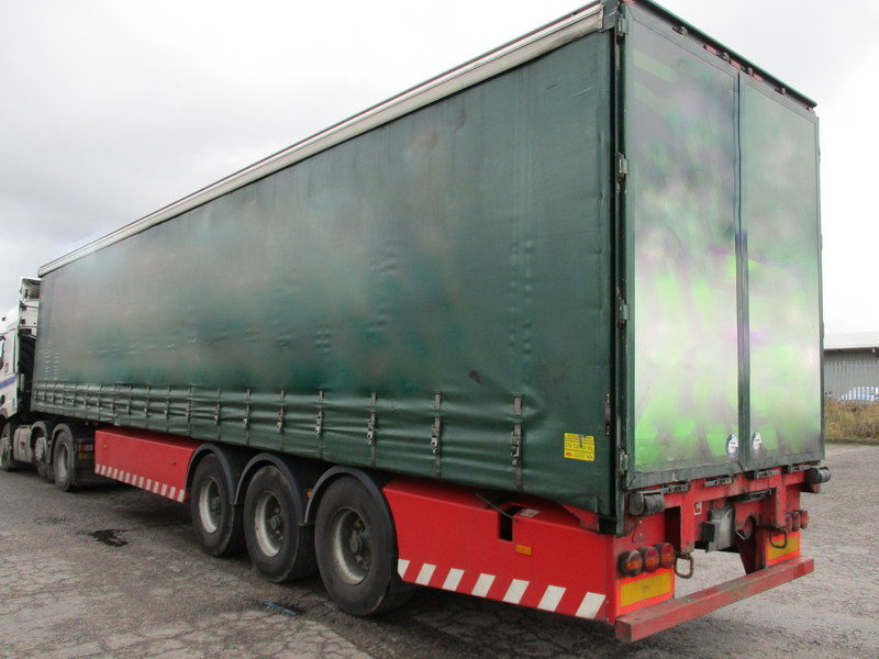 CURTAINSIDER TRI AXLE SDC 4M 2010 STOCK NO 108560