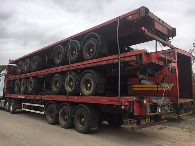 EXPORT.STACK OF 5 FLATS.TRI AXLE.ROR AXLES.STACK NO 809