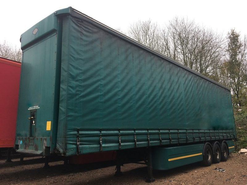 CURTAINSIDER TRI AXLE CARTWRIGHT 4 6M 2006 STOCK NUMBER 97924