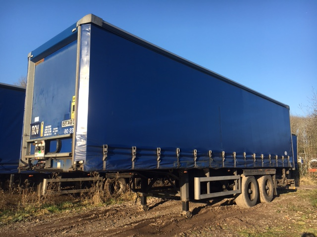 CURTAINSIDER TANDEM AXLE SDC 4M 2006 SLIDE AWAY TAIL LIFT STOCK NO 87170