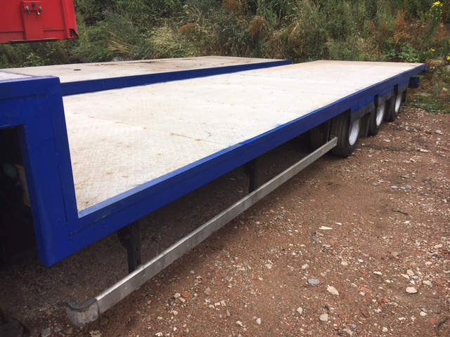 STEP FRAME FLAT TRI AXLE CONCEPT 13 6M 2006 STOCK NO 87333