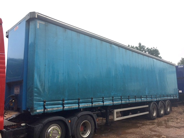 CURTAINSIDER TRI AXLE SDC 4 4M 2012 STOCK NO 97627