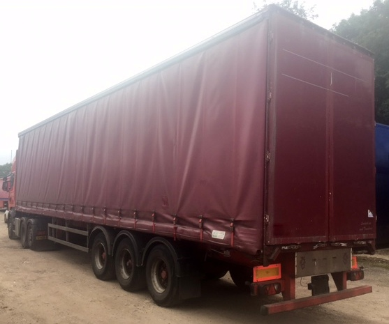 CURTAINSIDER TRI AXLE M&G 4.4 M 2006 STOCK NUMBER 97690