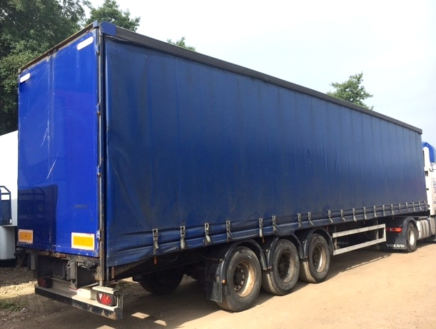 CURTAINSIDER TRI AXLE MONTRACON 4 4 M 2007 STOCK NUMBER 97708