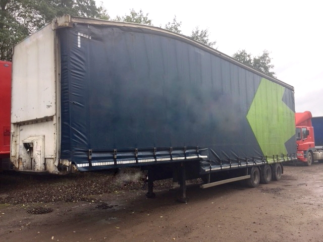 CURTAINSIDE DOUBLE DECK TRI AXLE MONTRACON 4.87M 2007 STOCK NO 97813
