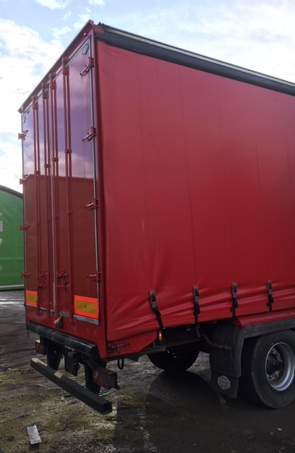 CURTAINSIDER TRI AXLE CARTWRIGHT 4.5 M 2006 CJC STOCK NUMBER 76711