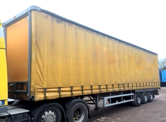 CURTAINSIDER TRI AXLE SDC 4 5M 2011 STOCK NO 97807