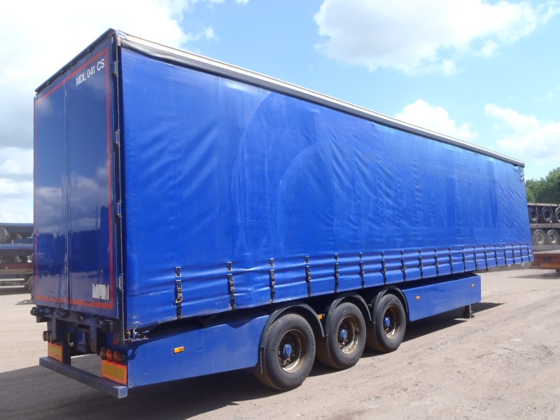 CURTAINSIDER.TRI AXLE.SDC.4.425M.2005.STOCK NO 65701