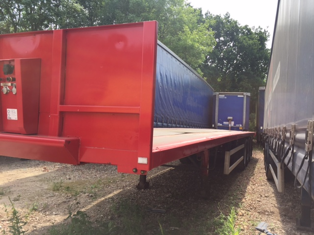 FLAT WITH SOCKETS TRI AXLE C/W 2011 STOCK NUMBER 87215