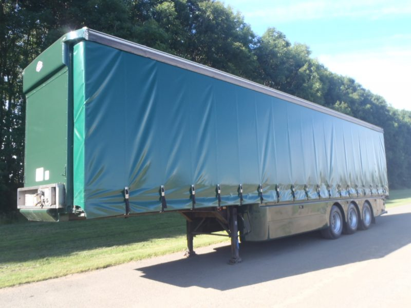 CURTAINSIDER TRI AXLE CARTWRIGHT 4 2M 2005 STOCK NO 97836