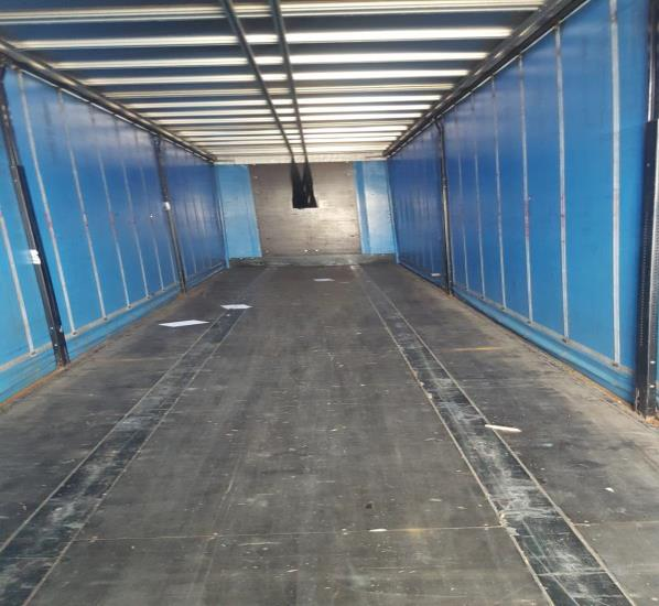CURTAINSIDER TRI AXLE SDC 4 4M 2012 STOCK NO 97629