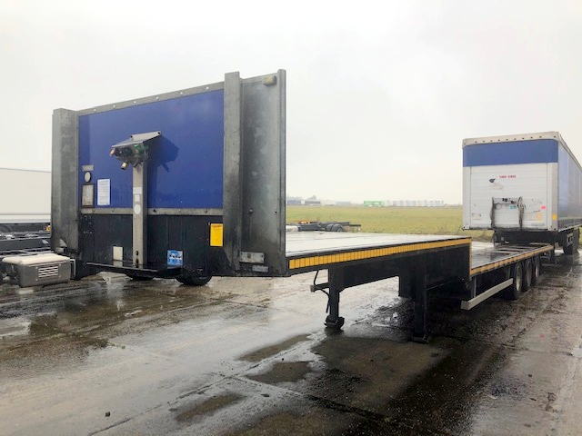 TRI AXLE STEP FRAME FLAT MTC 13 6M 2012 STOCK NO 119336